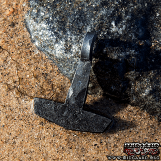 Hand-forged Mjölnir small